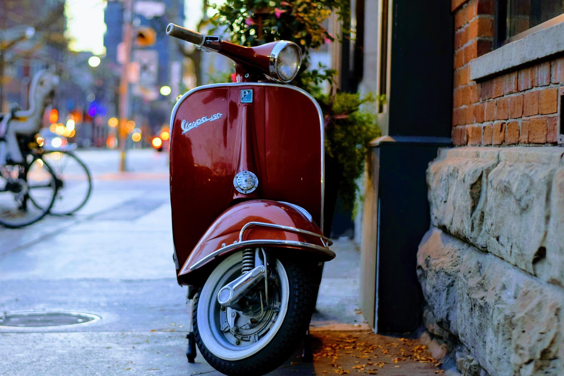 axa assurance scooter